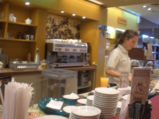 Dentro do Café Havanna.